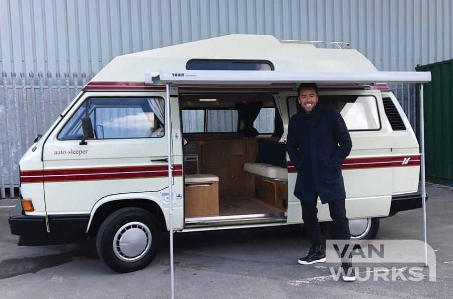 customer with van